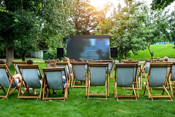 hire an outdoor cinema